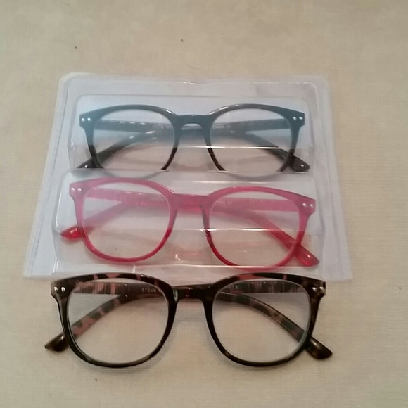b76a85663d0d 3 pair Steve Madden reading glasses. M_5b5b6167e944baad7c0199c9